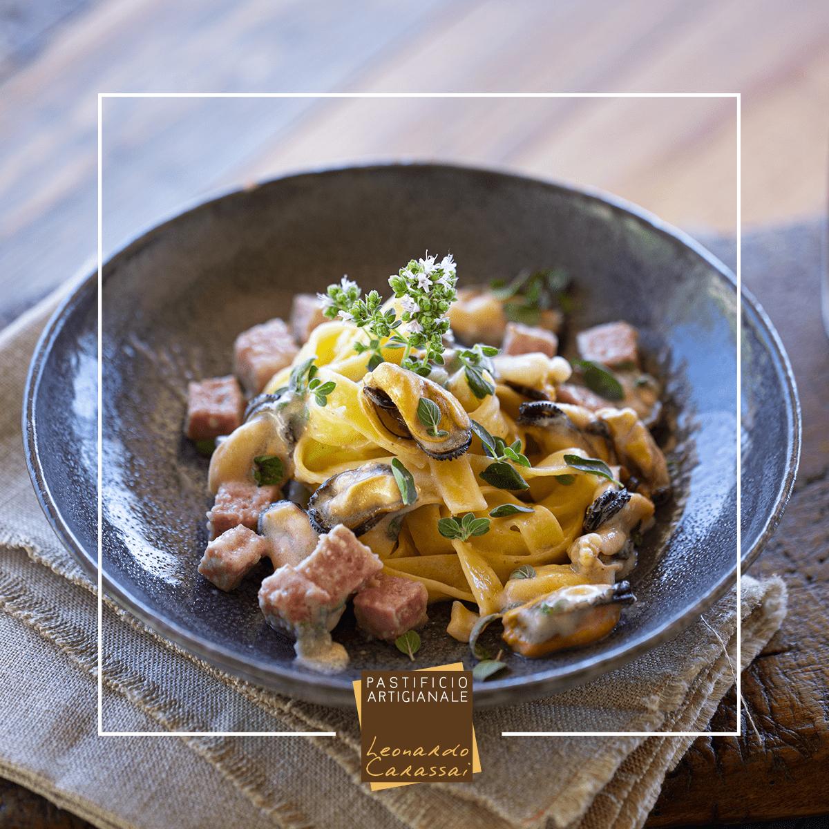 La ricetta con Tagliatelle di Campofilone cozze e ciauscolo
